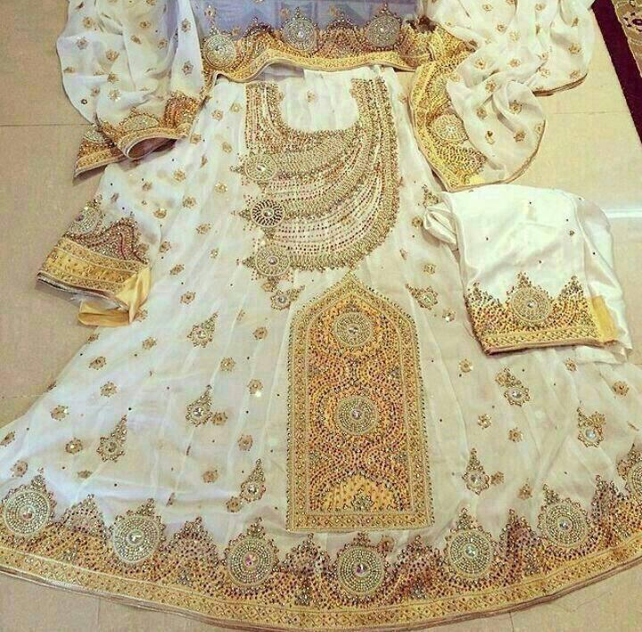 عکس لباس تپه ای بلوچی